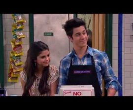 """Wizards of Waverly Place """"Who Will Be the Family Wizard?"""" Clip"""